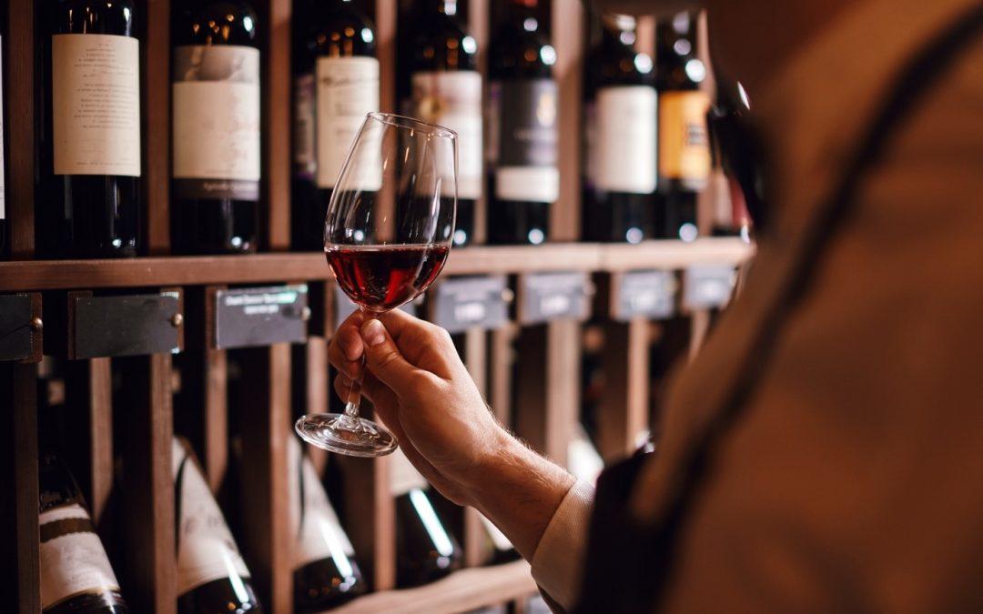 Les indications d'une bouteille de vin sur la qualité de son contenu